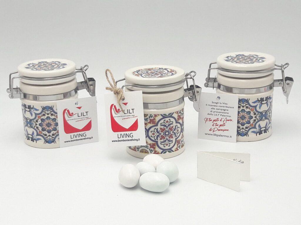 barattolo portaconfetti solidale LILT in porcellana con decoro Capri