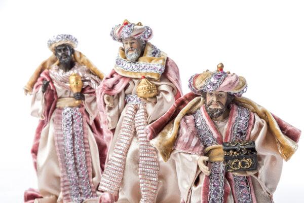 Natività set 8 pezzi in resina con vestito in tessuto