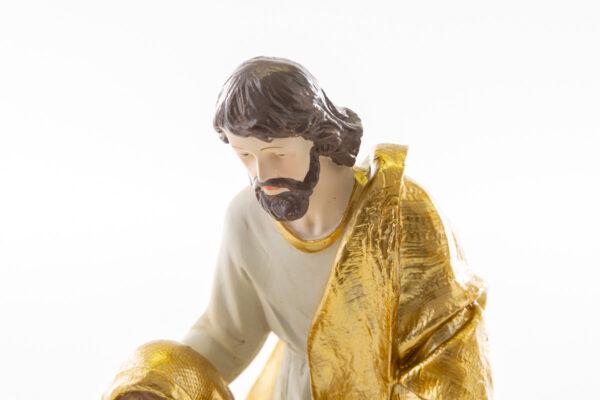 Natività in resina con veste oro